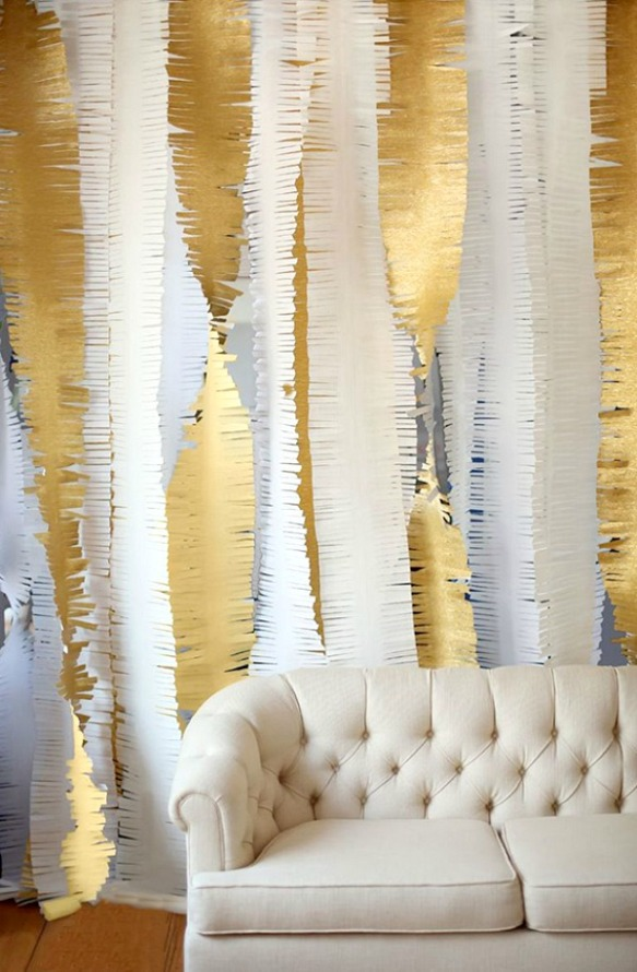 gold-fringe-garland-DIY-New-Years-Eve-Party-Ideas